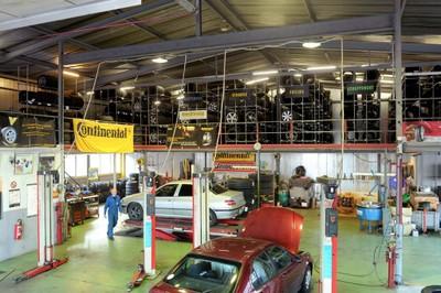 L'intérieur du Garage Adam Touring à Monthey