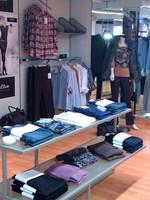 Pulls et chemises à la Boutique Fémina Mode