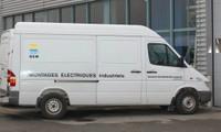 La camionnette de la Société Bühler Electricité
