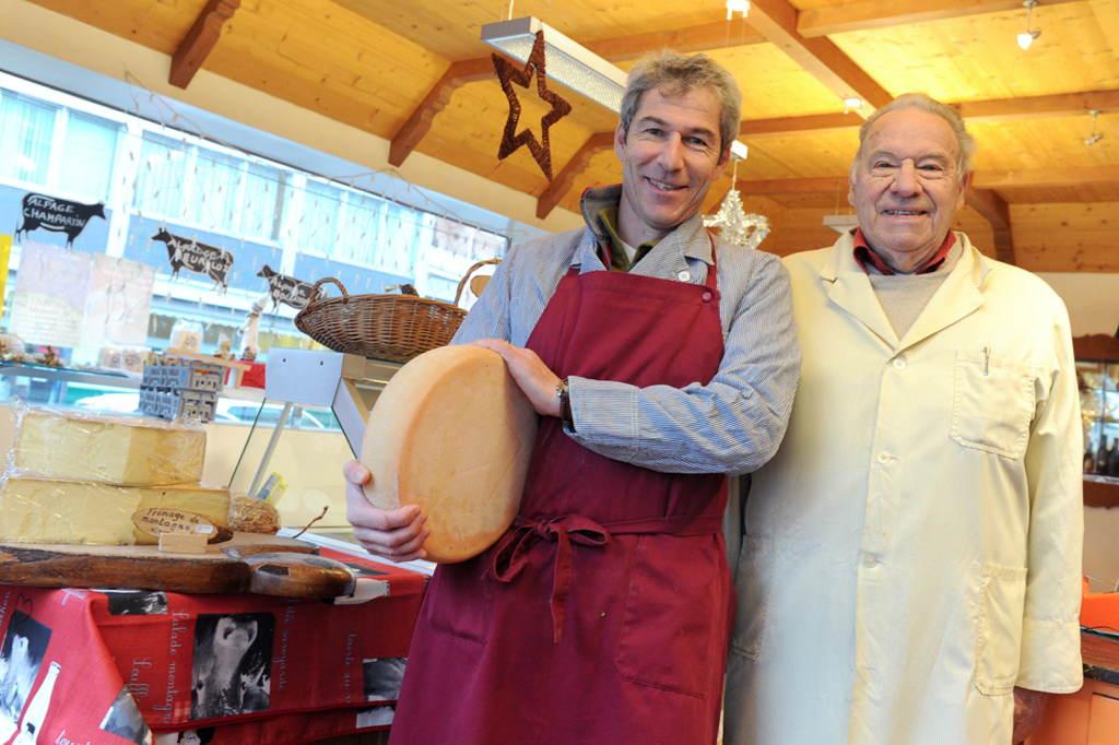 Deux générations de la fromagerie Martin à Monthey