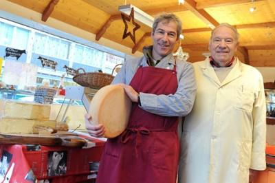 Bernard et Jean-Blaise Martin à la fromagerie Martin à Monthey